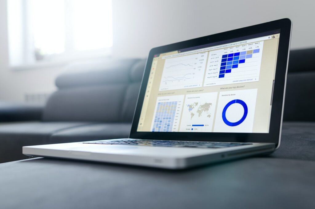 how to create a digital marketing strategy header image by Lukas on pexels