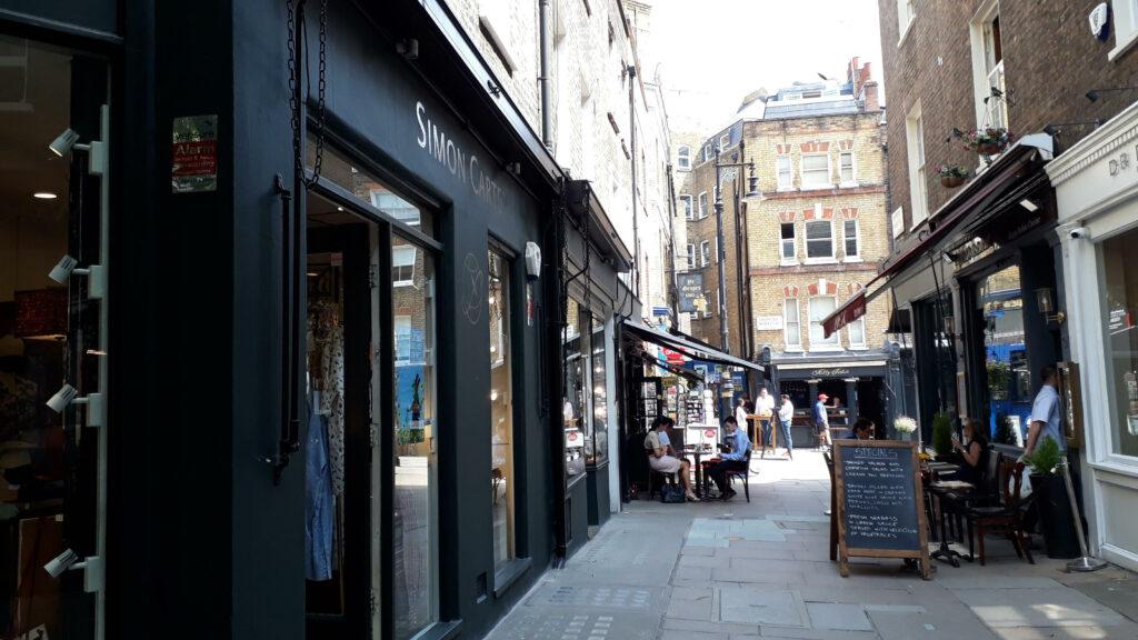Simon Carter shop in Shepherd Market